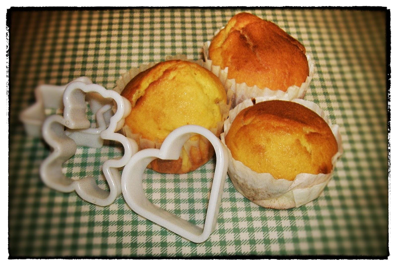 Tra pentole e coperchi appunti di cucina muffin - Porta coperchi pentole ...