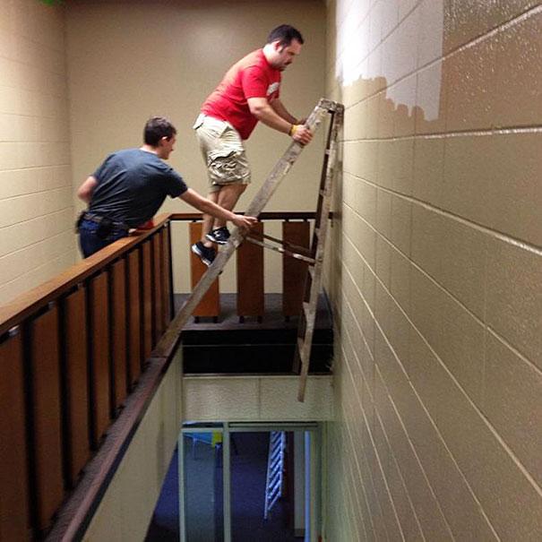 http://1.bp.blogspot.com/-ip6OBF9kTD8/Uv3xgDklU_I/AAAAAAAAp9g/U9cb0I7F5kc/s1600/01_men-safety-fails-1.jpg