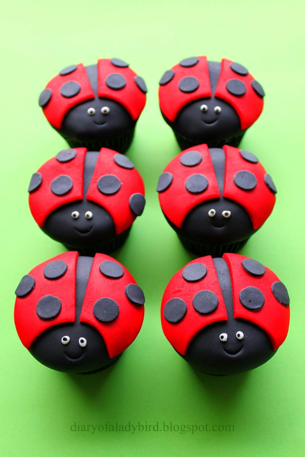 DIY Cute Ladybug Cupcakes