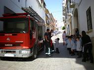 Los bomberos...