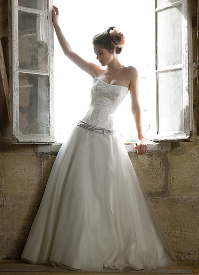 Panina wedding dresses fashion club for Bella swan wedding dress