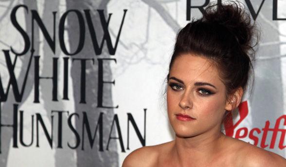 Kristen Stewart Hairstyles 2012 on Snow White And The Huntsman Movie