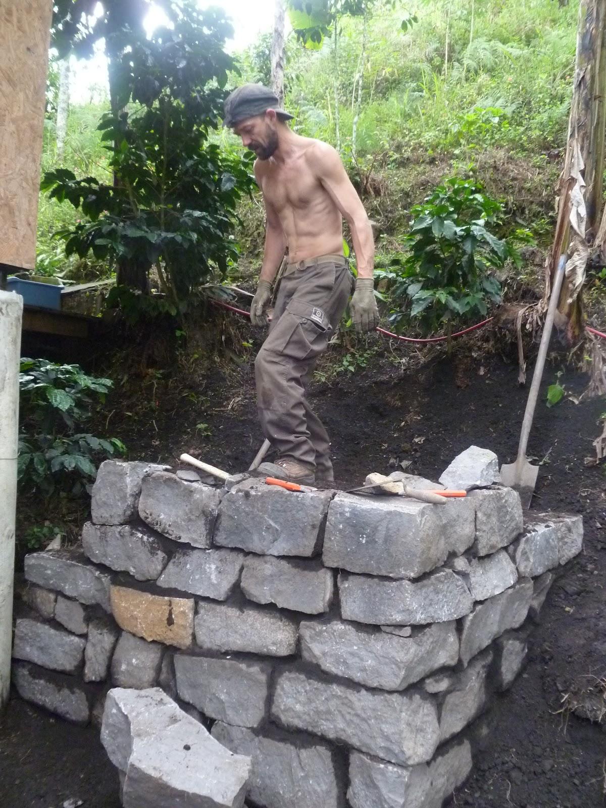 Construyendo aldeafeliz building an ecovillage muro de - Hacer pared de piedra ...