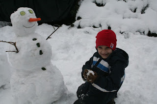 William and his snowman :: All Pretty Things
