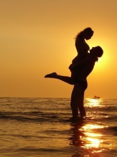 Making Love Images Wallpaper : Romantic Love couple Mobile Wallpapers Download Free Android, iPhone, Samsung HD Backgrounds