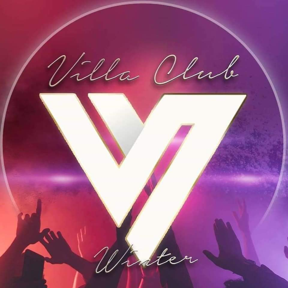 Villa Club στον Πειραιά