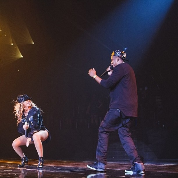 Bey + HOV. the Mrs. Carter show Brooklyn