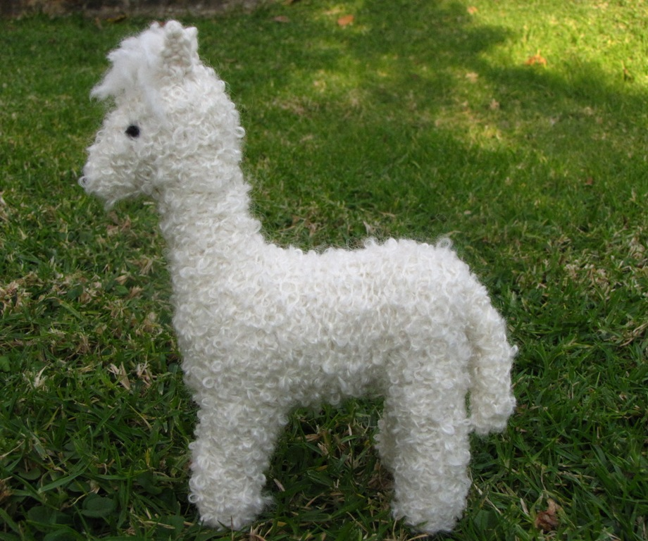 Alpaca Wool Knitting Patterns : Alpaca Toy Knitting Pattern and a Giveaway - Natural Suburbia