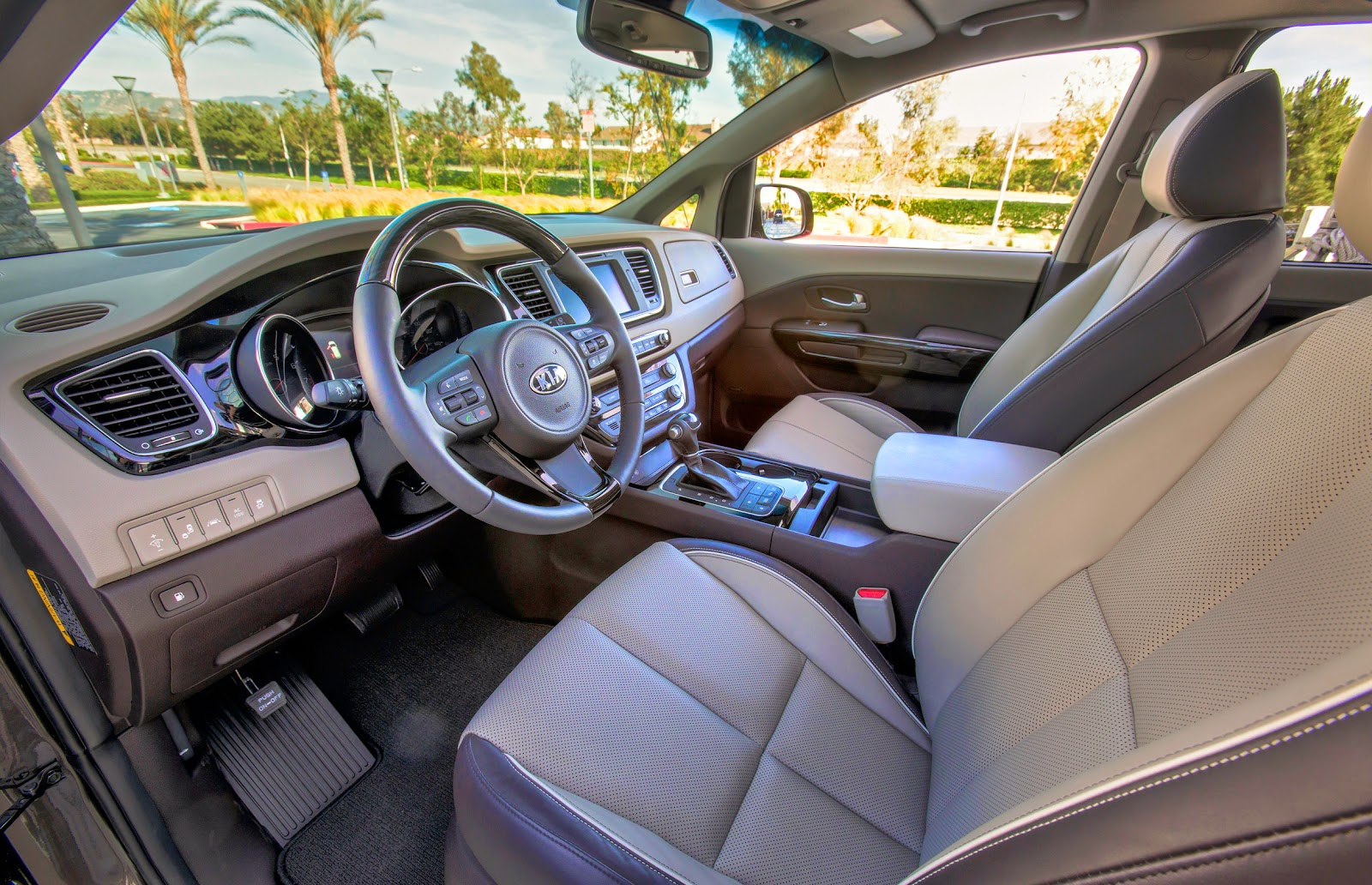 car reviews 2015 kia sedona luvury interior