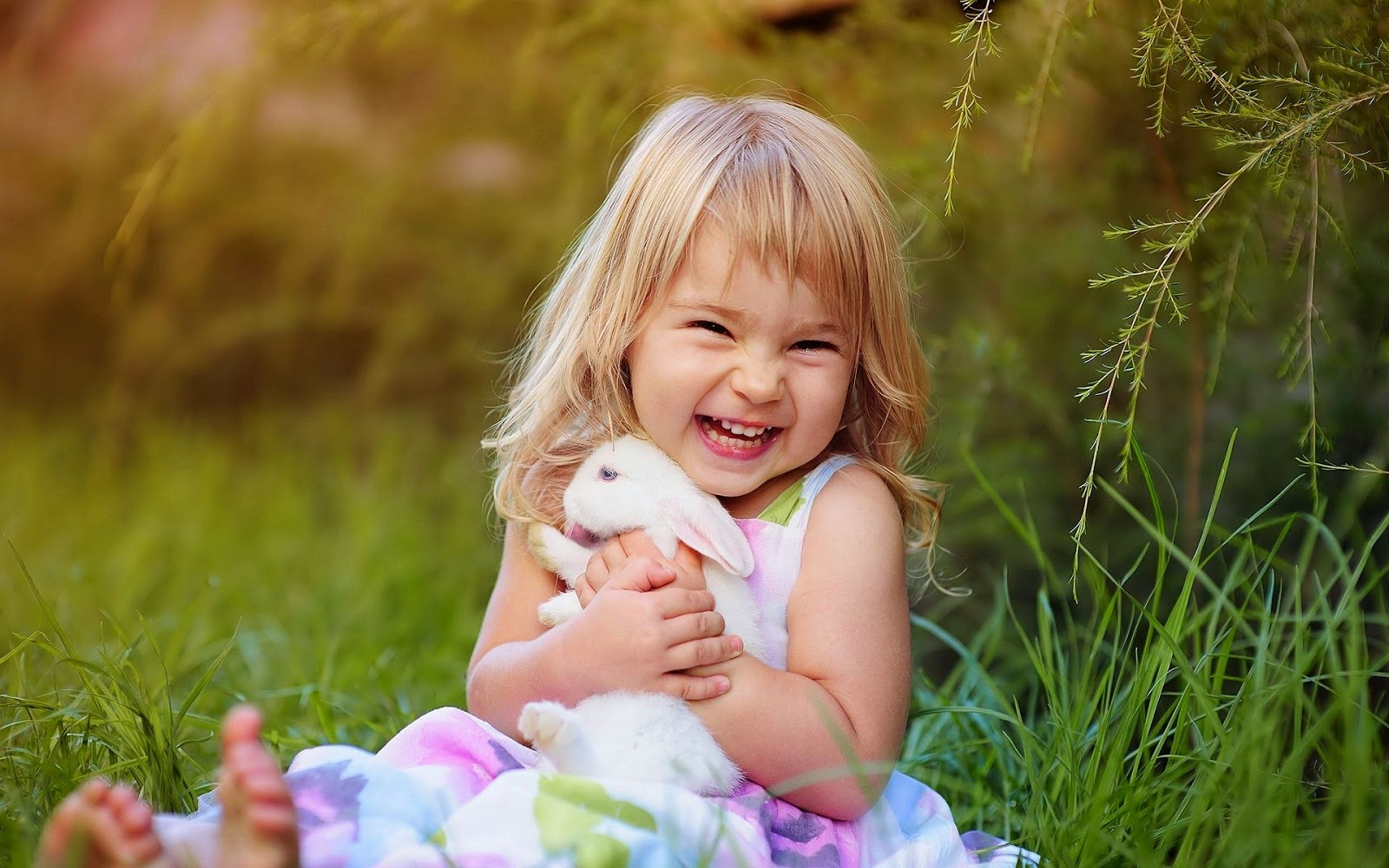 10 cute girl hd wallpapers explore wallpaper baby laughing download hd wallpaperz qklaos thecheapjerseys Choice Image