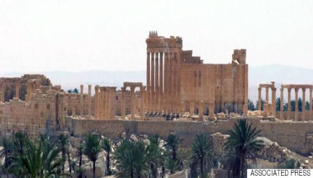 Παγκόσμια ντροπή! Κυρίως για όσοι δεν εμπόδισαν τους τζιχαντιστές από το να καταστρέψουν τα αρχαιολογικά μνημεία