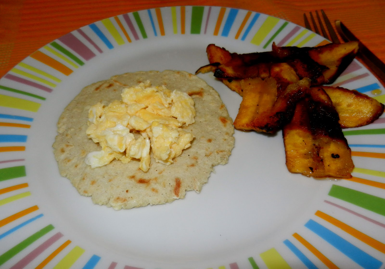 costa rican cuisine Costa rican cuisine is known for being tasty, yet fairly mild, with high reliance on fresh fruits and vegetables the main staple, known as gallo pinto, consists of.