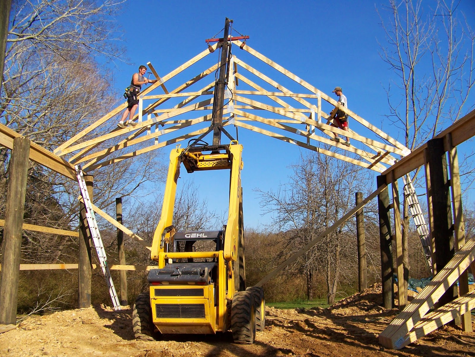 Here Is The Scissor Trusses We Can Set With Our Gehl Skid Steer And Hydraulic Boom Pole