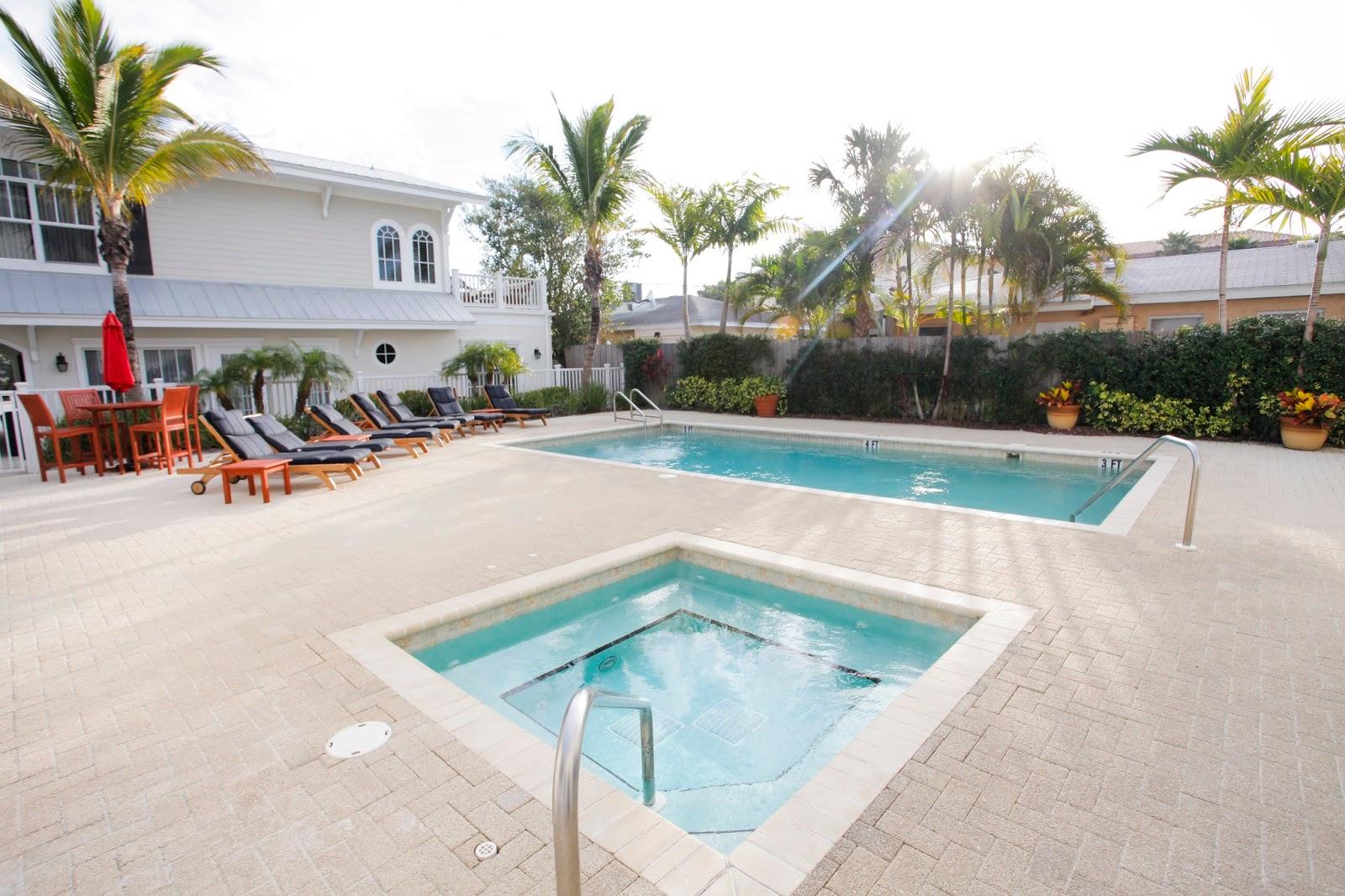 Pool at Mainsail Beach Inn in Anna Maria Island
