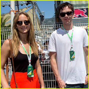 Who is jennifer lawrence dating 2012