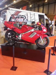 Más de 20 años después, la NR 750 de pistones ovales sigue siendo la Honda más exótica