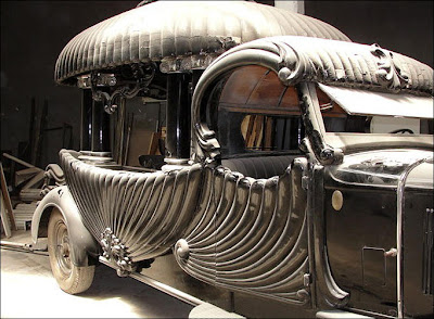 Amazing cars and motorcycles Seen On www.coolpicturegallery.us