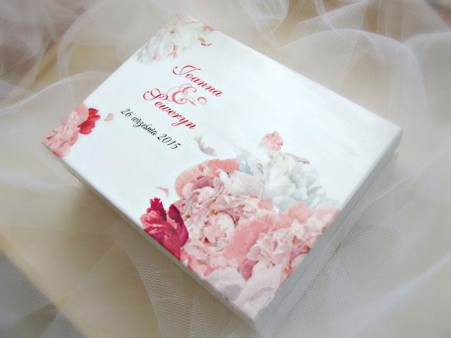 ślubne pudełeczko pudełko na obrączki w pastelowe kwiaty Eco Manufaktura