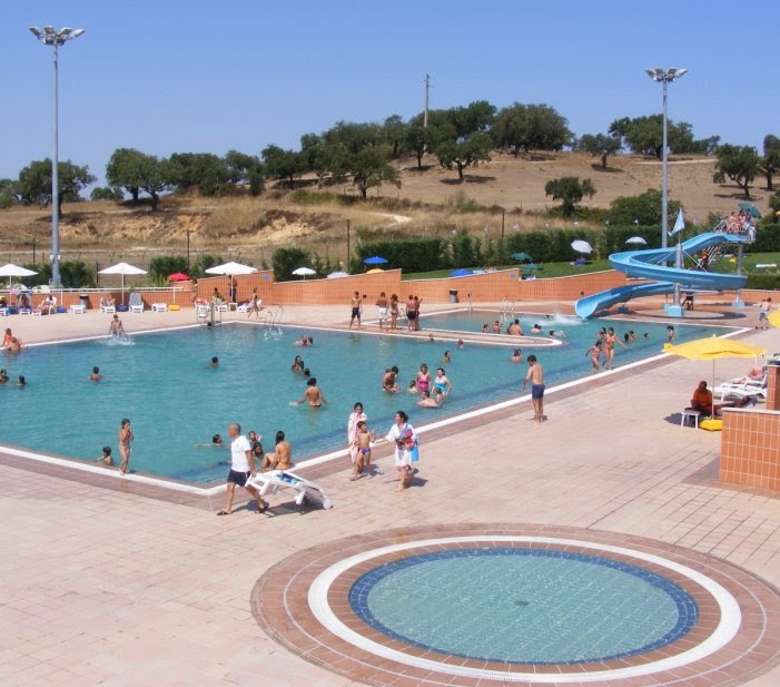 Arronches em not cias crato piscinas municipais abrem for Piscina elvas