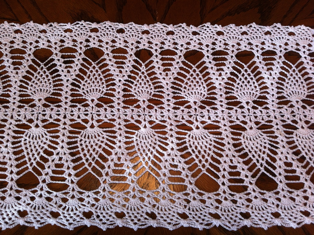 Fine Free Crochet Table Runner Patterns For Beginners Mold - Sewing ...