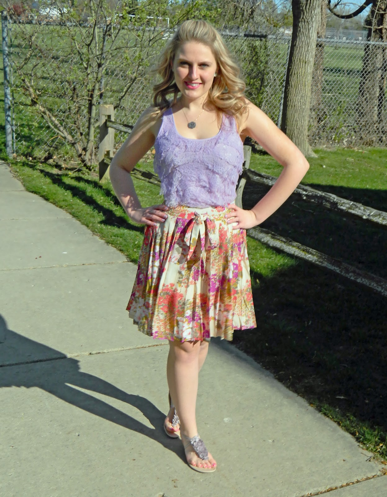 lace tank and floral skirt