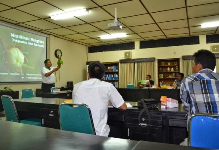 Pelatihan PKSM Pengelolaan Ekosistem Mangrove