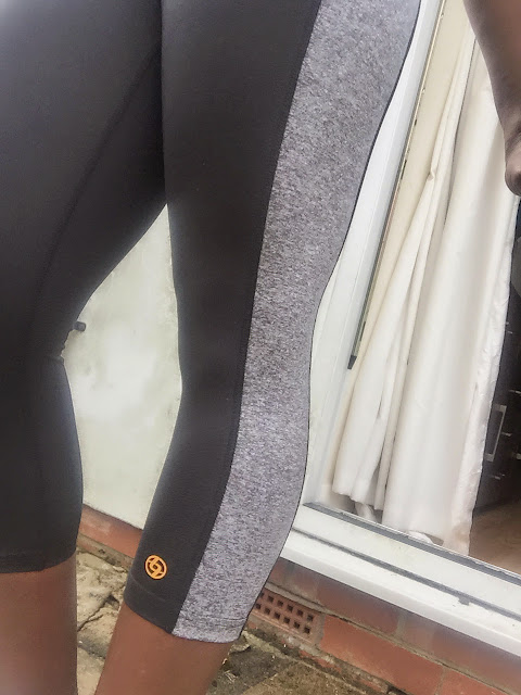 LIJA capri pants UK