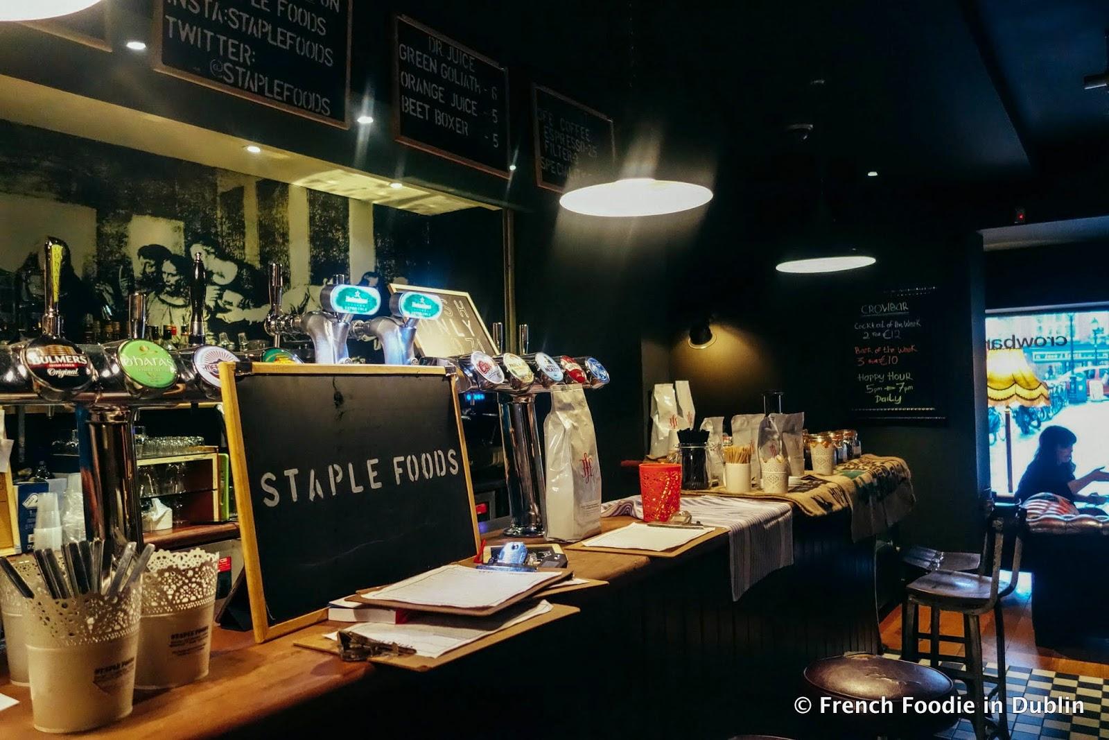 Staple foods curved street temple bar dublin 2 french for Bar food dublin 2
