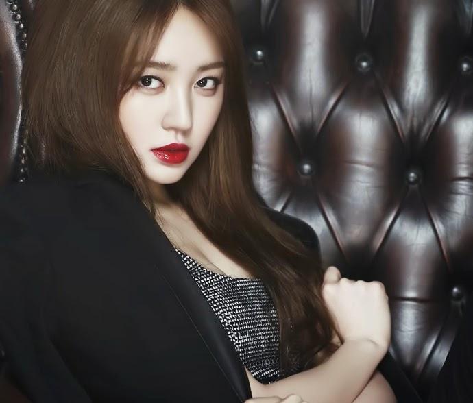 Yoon Eun Hye - High Cut Magazine Vol.124