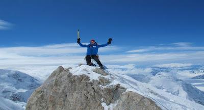Sstt.. Tinggi Badan Setinggi Gunung Everest
