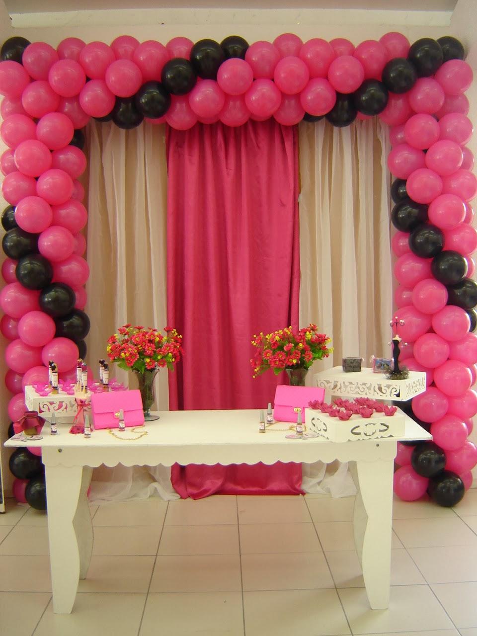 Priscila Arte em balões Decoraç u00e3o rosa e preto -> Decoração Outubro Rosa Simples