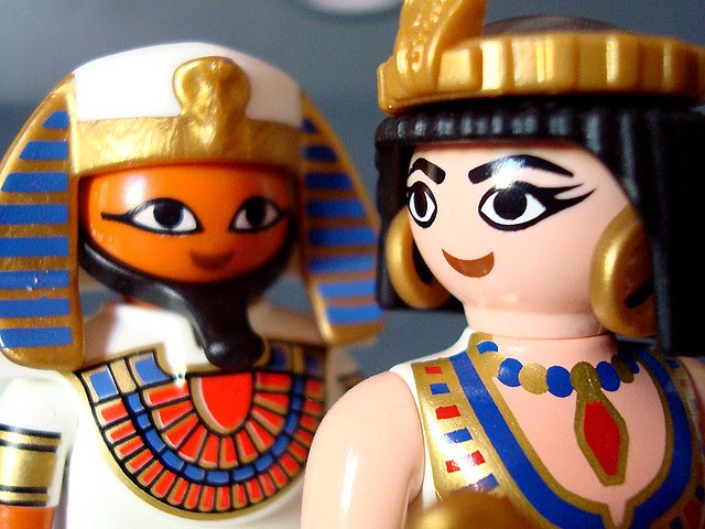 delineado cleopatra choni