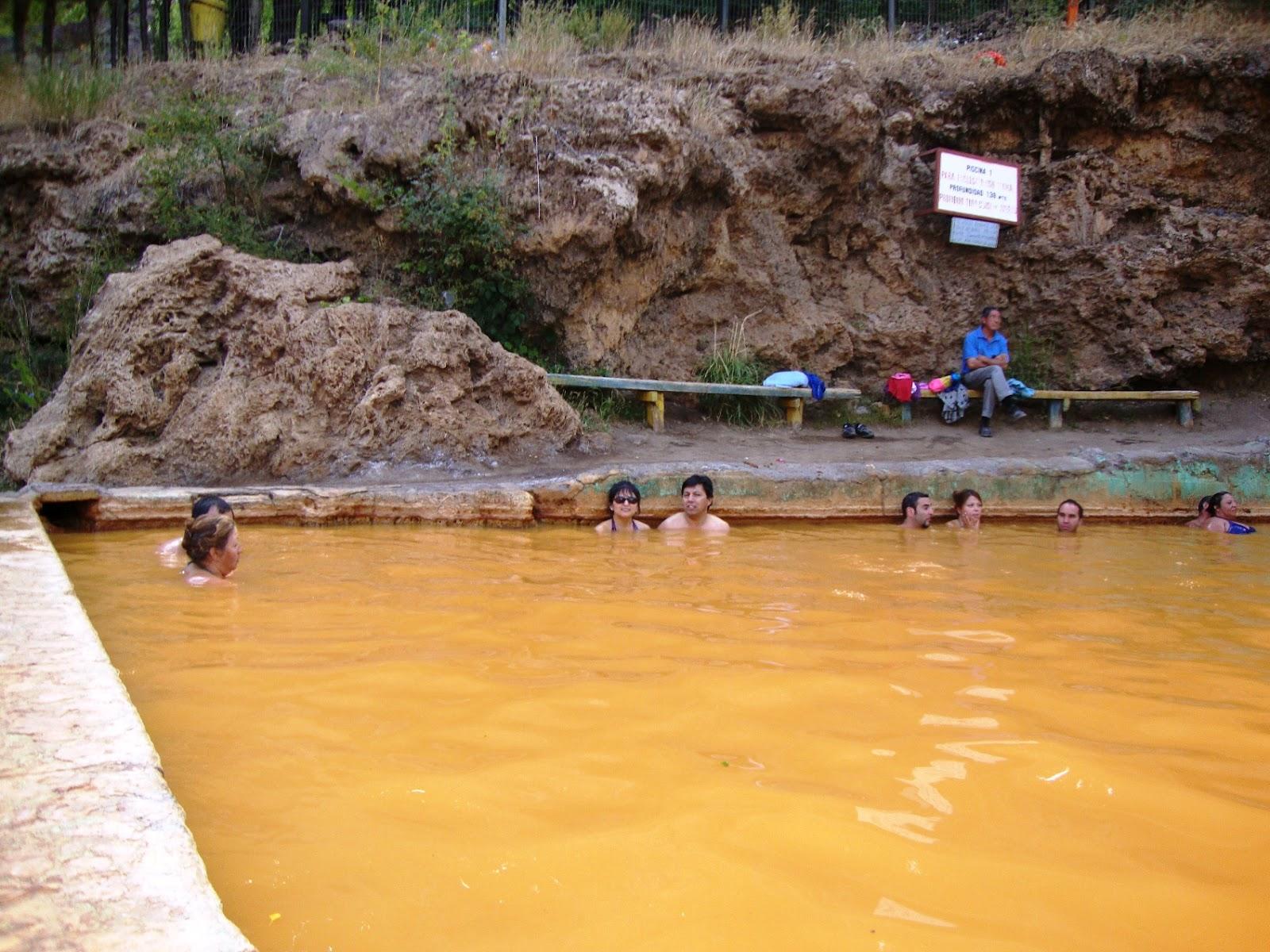Baño Pintado De Amarillo:Me supo a recuerdo pintado de Amarillo-Marrón: Baños Morales, Cajón