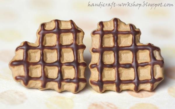 Serduszkowe gofry z czekoladą