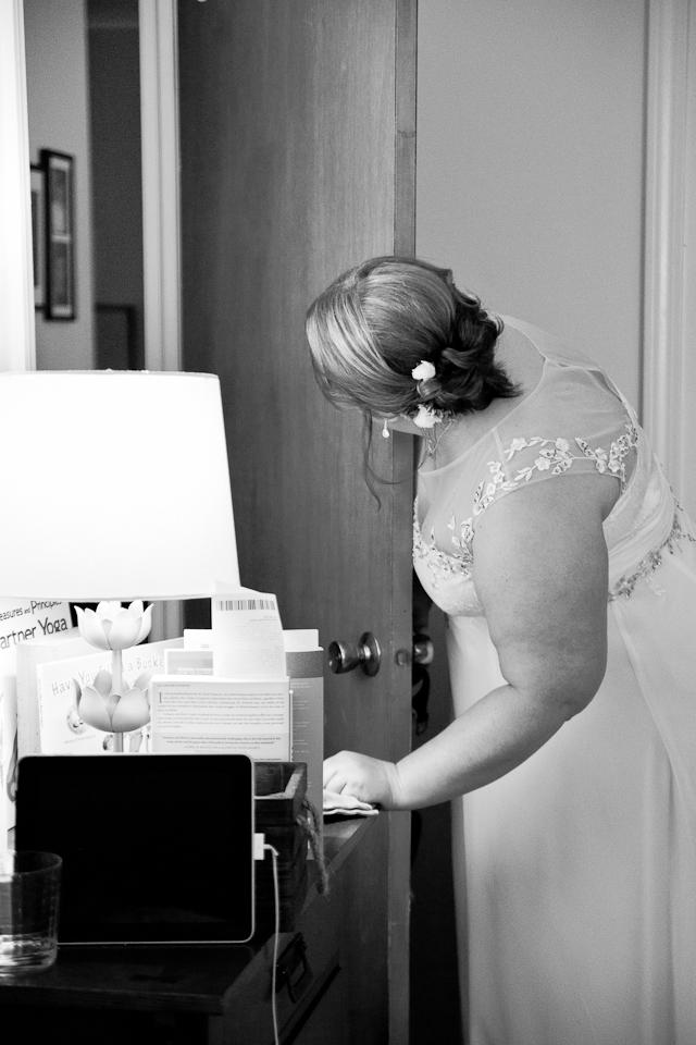 Lenox Berkshire MA wedding, elopement, bride getting ready, wedding traditions, documentary photography