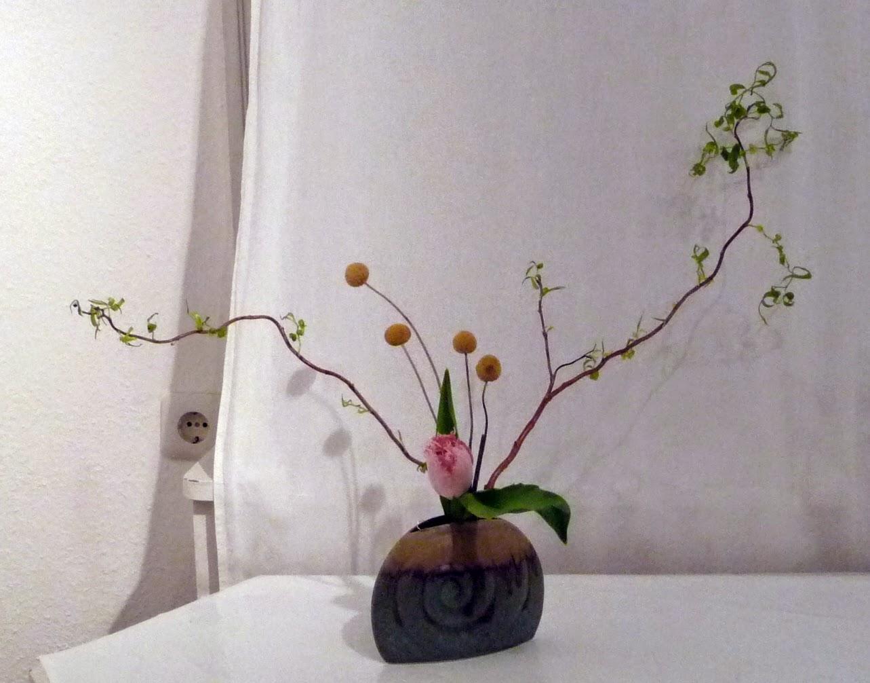 kad der blumenweg monatstreffen ikebana international. Black Bedroom Furniture Sets. Home Design Ideas