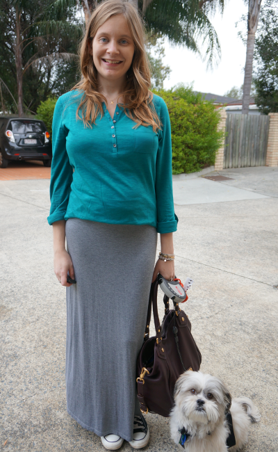 easy post-partum outfit grey maxi skirt teal jeanswest henley shirt converse