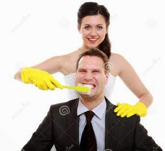emancipation-idea-woman-brushing-teeth-her-man-humor-concept-humorous-funny-wedding-couple-bride-groom-women-show-أشياء مضحكة يتعلمها الرجل من المرأة - غسيل الاسنان تغسل اسنان مجانين مرح مرحين funny
