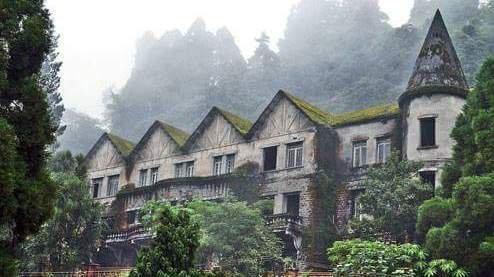 100 years old Hotel Mt Everest Darjeeling