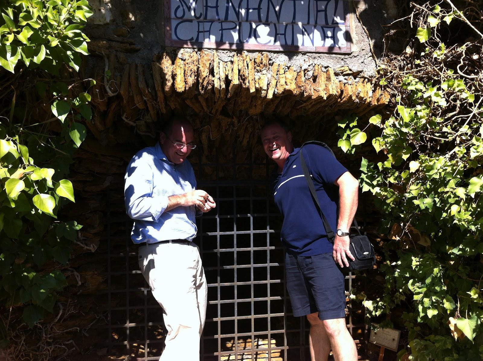 Has estado una vez en una ba era del siglo 19 balneario for Piscina jardin secreto