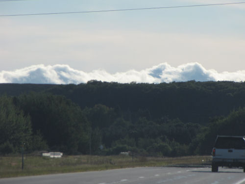 clouds that look like mountains