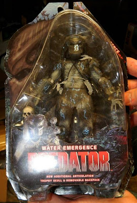 NECA Predator Water Emergence Carded Figure