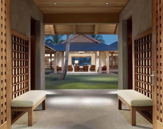 Tropical Classic Hawaiian Cloister House 1