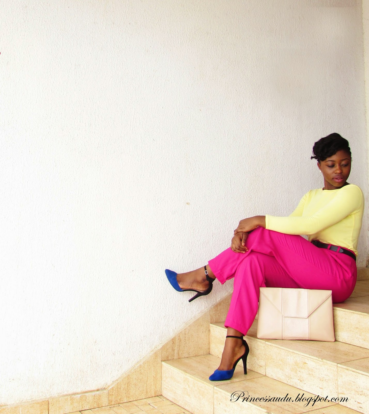 colour blocking, pink high-waist trousers, pants, blue pumps, oversized clutch, zalora Thailand, nude purse