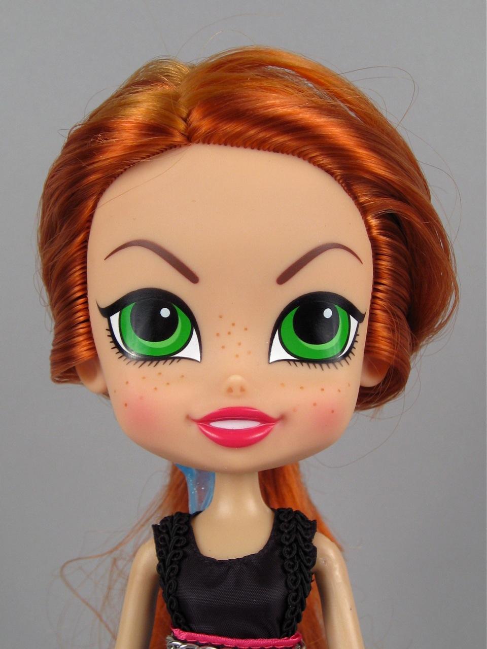 Beatrix Girls Lark doll