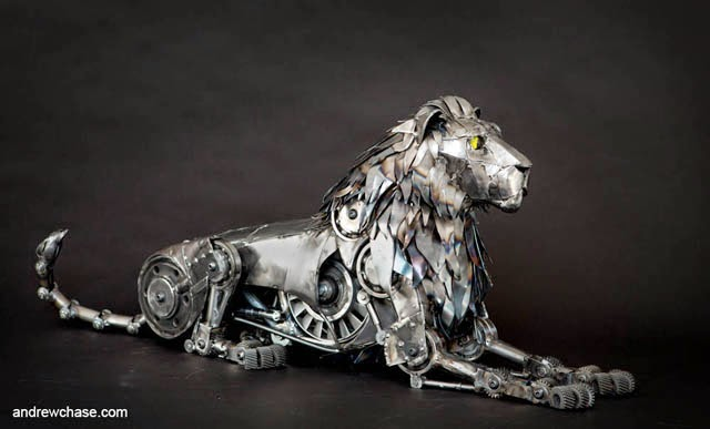 25-Lion-Andrew-Chase-Recycle-Fully-Articulated-Mechanical-Animal-www-designstack-co