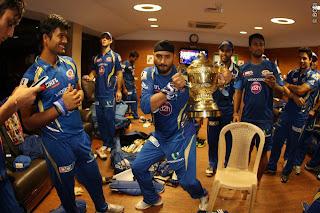 Harbhajan-Singh-dances-Gangnam-Style-MI-Win-IPL-2013