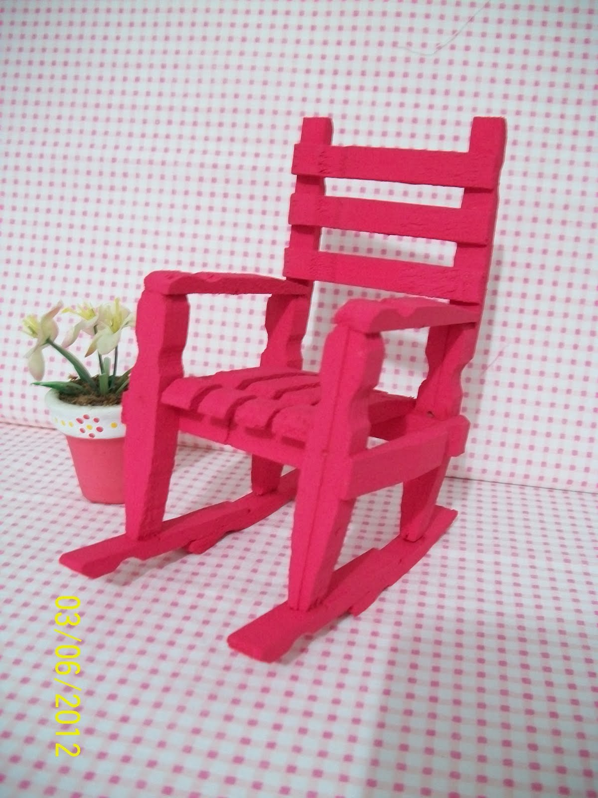 Rosa flores: Cadeirinhas de pregadores de roupa #9E1833 1200x1600