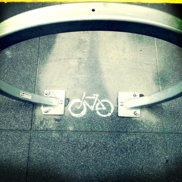 bike love photo