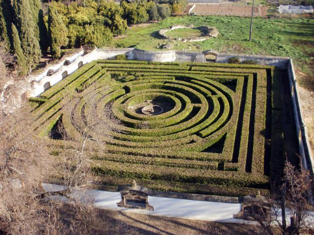 Notas cordobesas el jard n laberinto de la alameda del obispo for Jardin laberinto